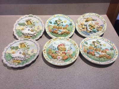 Cherished teddies plates