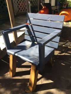 Rustic heavy duty bench 20 deep 27 wide 21 high seat back rest 22 high asking $55.00