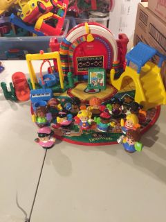 Fisher Price Little People school complete