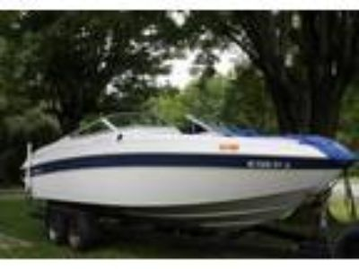 1991 Chris Craft 227-Bowrider Power Boat in King, NC