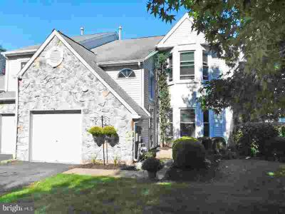 16 Martin CT Newtown Three BR, You will love living here!
