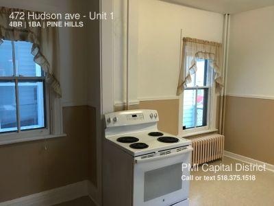 4 bedroom in Albany