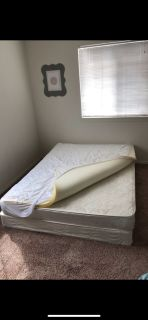Queen Mattress w/ box spring and memory foam top