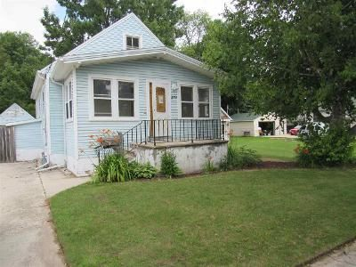 3 Bed 1 Bath Foreclosure Property in Two Rivers, WI 54241 - 13th St