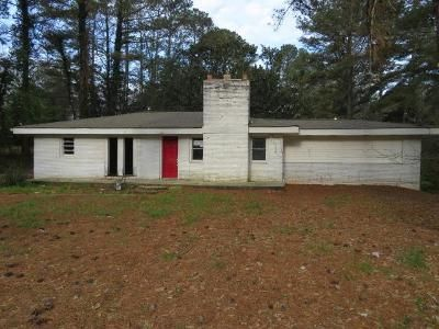 3 Bed 1 Bath Foreclosure Property in Atlanta, GA 30349 - Stonewall Tell Rd
