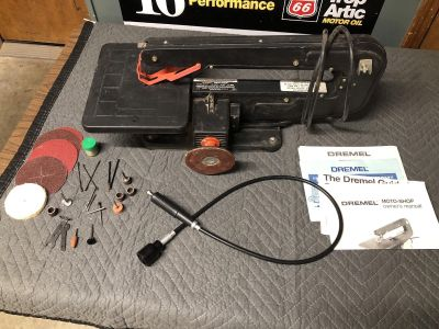 Dremel Moto-shop 15 scroll saw with accessories
