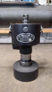 Restored Bosch VJ4BR18 Distributor 356 (BR18)