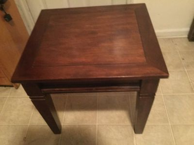 Solidwood End Table