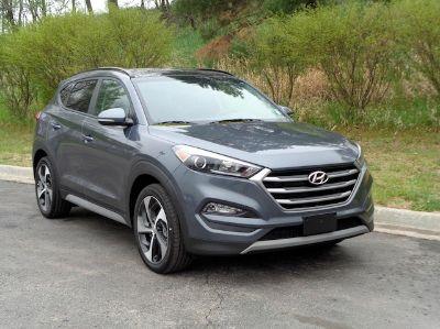 2017 Hyundai Tucson Value (Coliseum Gray)