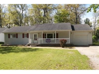 3 Bed 2 Bath Foreclosure Property in Houghton Lake, MI 48629 - Clarissa Ln