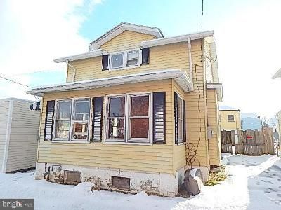 2 Bed 1 Bath Foreclosure Property in Middletown, PA 17057 - Witherspoon Ave