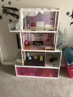 Kidcraft Beachfront Mansion for Barbies