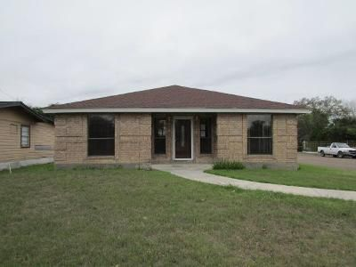 2 Bed 3 Bath Foreclosure Property in Weslaco, TX 78596 - Elma St