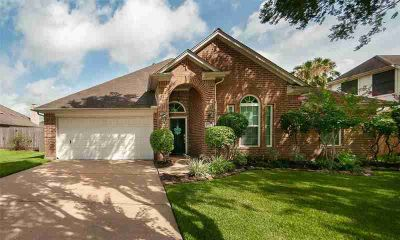 3806 Sunset Meadows Drive PEARLAND Three BR, Beautiful home in