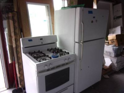 GE Refrigerator and Kenmore Gas Stove Set