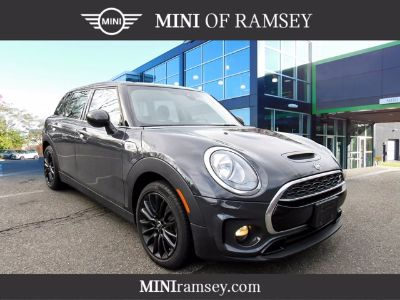 2019 MINI Clubman Cooper S (Thunder Gray Metallic)