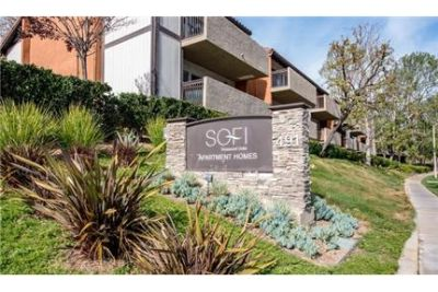 Bright Thousand Oaks, 2 bedroom, 1 bath for rent