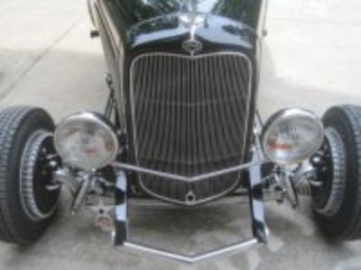 1932 Ford steel roadster
