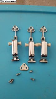 Pop out latches 3