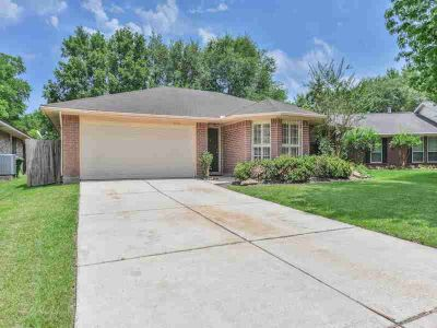 2626 Pine Cone Drive KINGWOOD Three BR, Never flooded