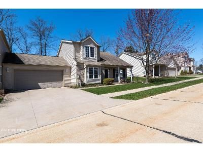 3 Bed 2.5 Bath Foreclosure Property in Macedonia, OH 44056 - Robinwood Ter