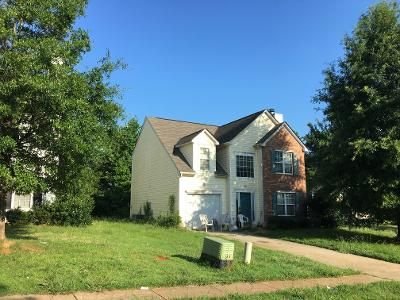 3 Bed 2.5 Bath Preforeclosure Property in Charlotte, NC 28216 - Grass Hollow Ct