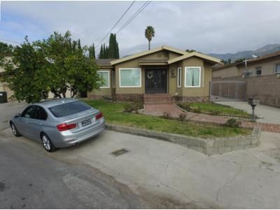 2 Bed 3 Bath Preforeclosure Property in Montrose, CA 91020 - Community Ave