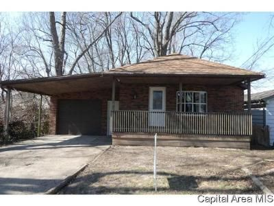 2 Bed 1 Bath Foreclosure Property in Springfield, IL 62703 - S 13th St
