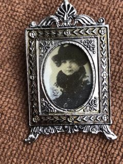 Ornate Picture Frame Pin Brooch
