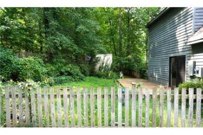 Mill Creek South single family home with fantastic views.