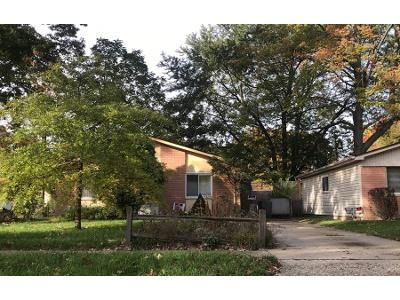 1 Bed 1 Bath Preforeclosure Property in Westland, MI 48185 - N Karle St