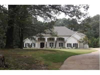 5 Bed 4.5 Bath Preforeclosure Property in Arlington, TN 38002 - Shadowlawn Rd
