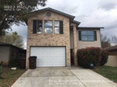 Beautiful 4 Bedroom 2.5 Bath Home Near Lackland AFB!