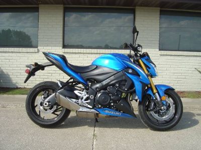 2016 Suzuki Motor of America Inc. GSX-S1000 ABS Standard/Naked Motorcycles Winterset, IA