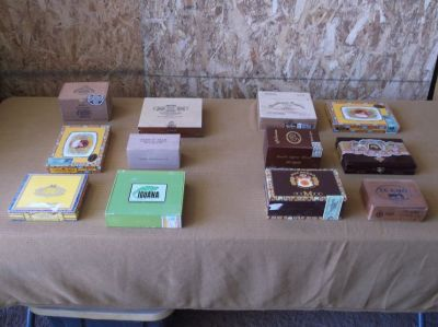 Wooden cigar boxes (12)