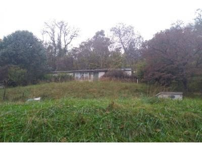 3 Bed 1.0 Bath Preforeclosure Property in Chesapeake, OH 45619 - County Road 31