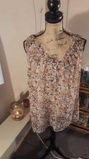 Floral sheer blouse size 18