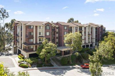 2 Master Suites w/ 2 Baths Condo in Quiet Neighborhood + 2 Car Parking