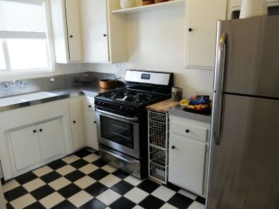 $2,005, 1br, 1 bd/1 bath Chase Knolls Apartments in Sherman Oaks, California offers a variety of 1, 2 and 3 b...