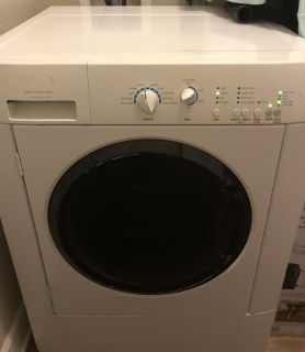 ***Energy star Fridgidaire washer and dryer**