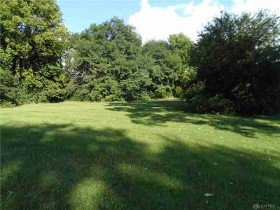 80 Grand Valley Drive Enon, Great location to build your new