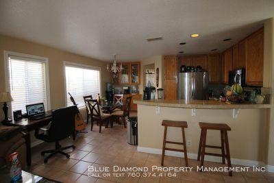 3 Bedroom 2.5 Bath Single Family Home in Beautiful Rancho del Oro
