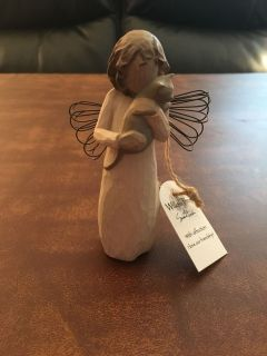 Willow tree figurine with cat