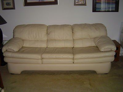 Leather Queen Size Sleeper Sofa