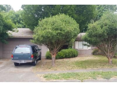 3 Bed 2.0 Bath Preforeclosure Property in Troutdale, OR 97060 - SE Evans Ave