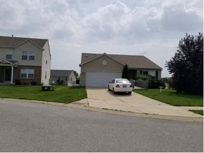 3 Bed 2 Bath Foreclosure Property in Belleville, IL 62226 - Shade Tree Ct