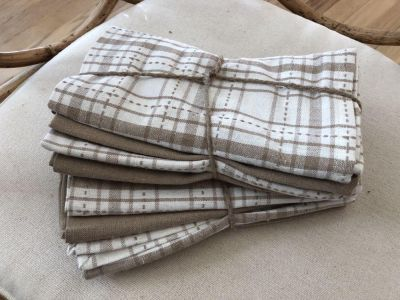 Set of 8 Trendy Bistro 100% Yard-Dyed Cotton Napkins in Plaid & Solids Taupe, Tan & White