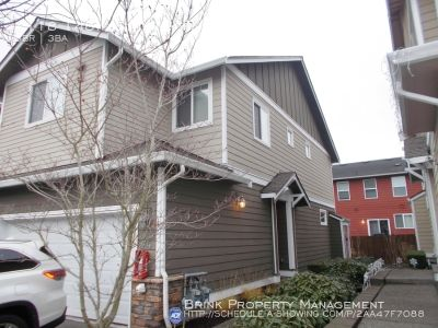Exceptional 3BR Lynnwood Town Home, Great Location, Great Community!!