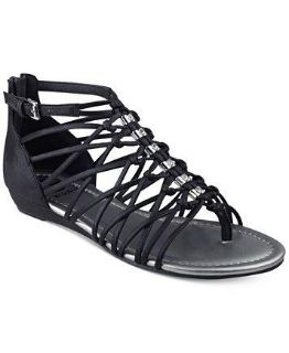 G by Guess Black Strappy Flat Sandals in Black size 7