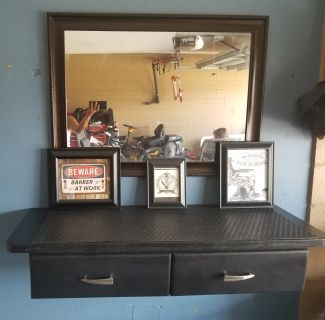 Barber wall station combo $110
